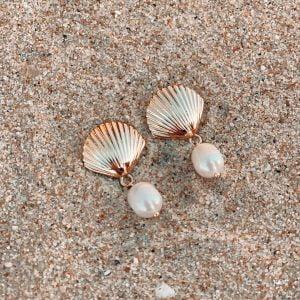 pendientes concha perlas