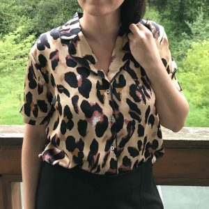 blusa estampado leopardo