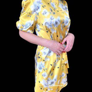 vestido corto volante amarillo